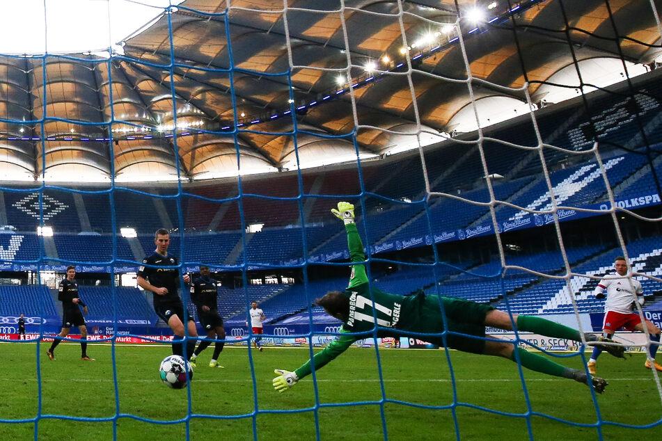Das Volksparkstadion soll für die EM 2024 modernisiert werden.