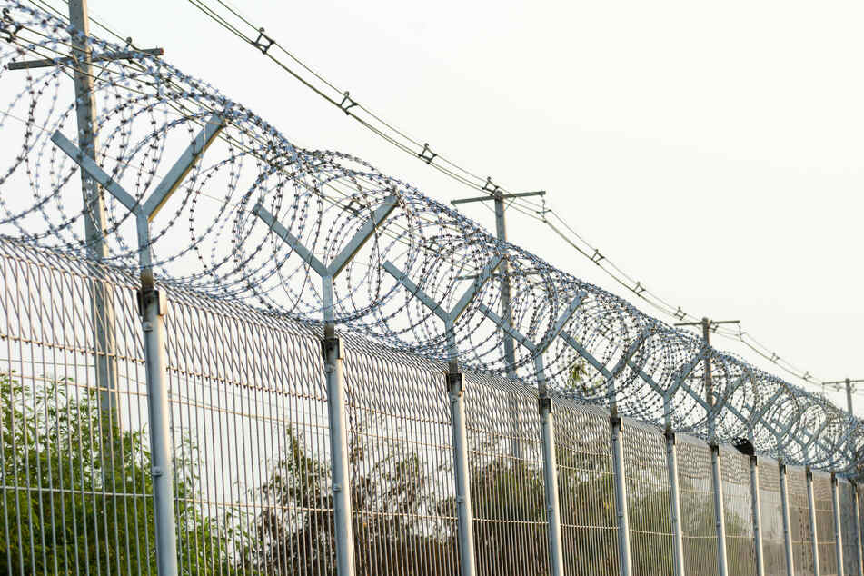 Alabama Republicans want to use Covid relief funds to build prisons!