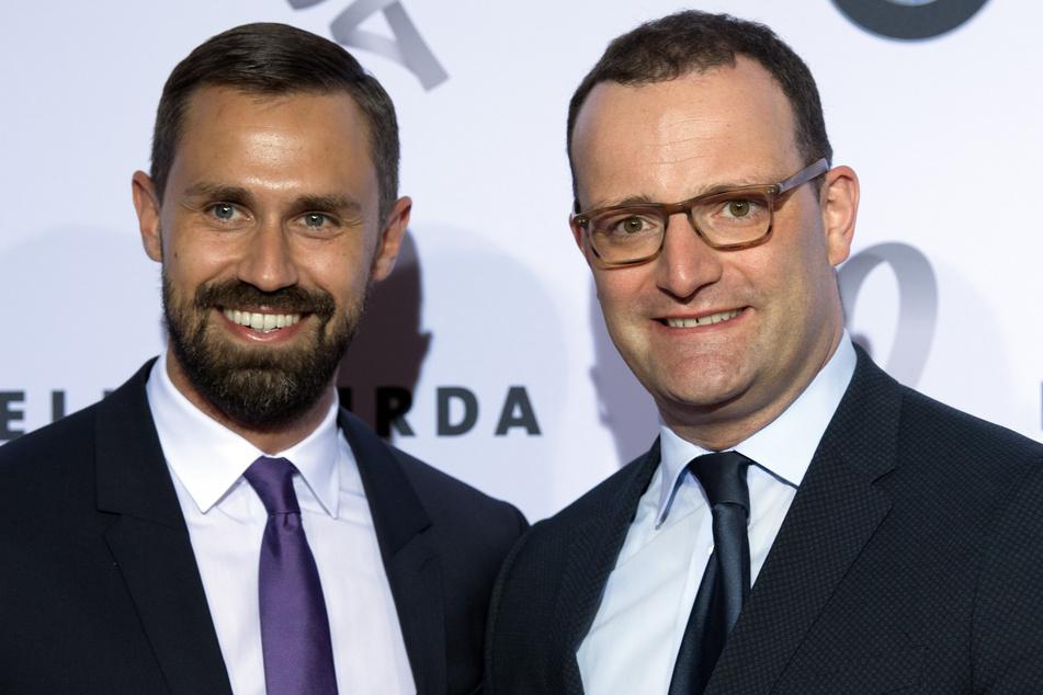Bundesgesundheitsminister Jens Spahn (40, CDU, r.) und sein Ehemann Daniel Funke (39).