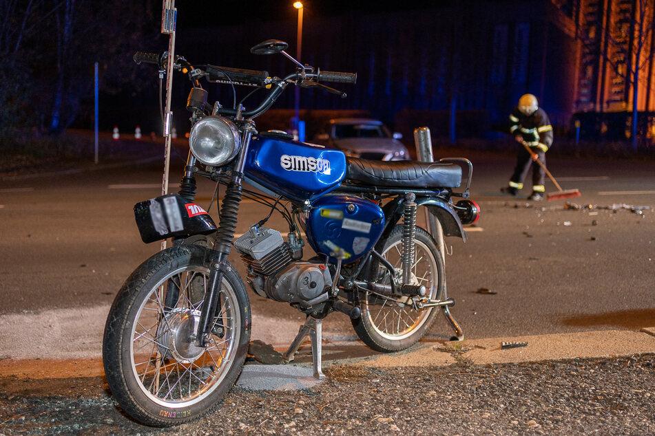 Zwei 15-Jährige sind bei einem Motorradunfall am Montagabend in Reichenbach schwer verletzt worden..