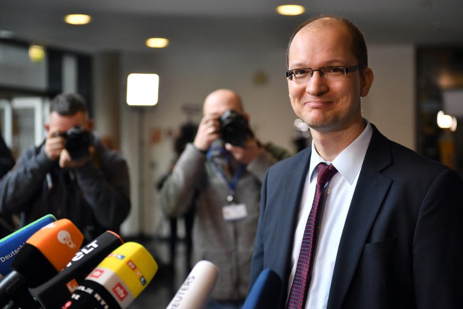 """""""Autoritärer Staat"""": AfD-Abgeordneter stößt mit """"Hetzrede"""" auf Unverständnis"""