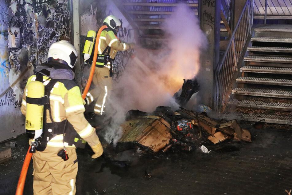 Am Amalie-Dietrich-Platz brannte ein Müllcontainer.
