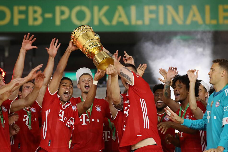 Die Bayern holen den Pott. In dieser Saison nicht, da lautet das Finale RB Leipzig gegen Borussia Dortmund. Zu sehen ist dies in der ARD.