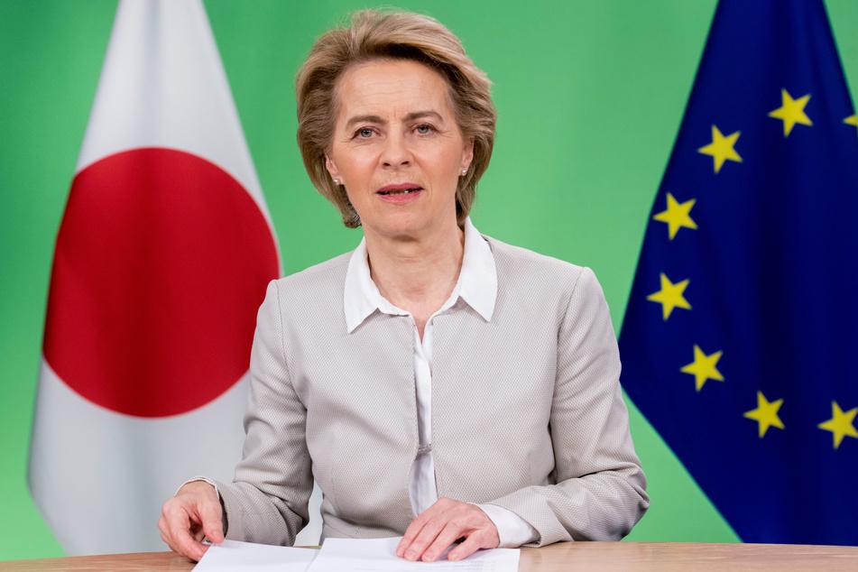 Ursula von der Leyen, Präsidentin der Europäischen Kommission, spricht bei einem EU-Japan-Gipfel, der per Videokonferenz stattfand.