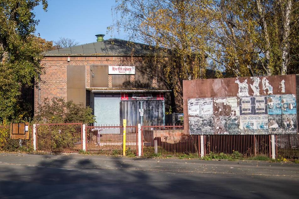 """Von außen keine Schönheit, aber ein echter Kult-Club - das """"Hellraiser"""" ist Sachsens bekannteste Heavy Metal-Location."""