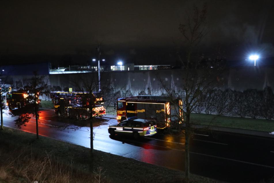 Mit 42 Einsatzkräften löschte die Feuerwehr die Flammen.