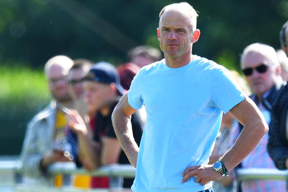 Usti-Coach David Jarolim (42) wird mehrere Wochen bei Dynamo Dresden reinschnuppern.