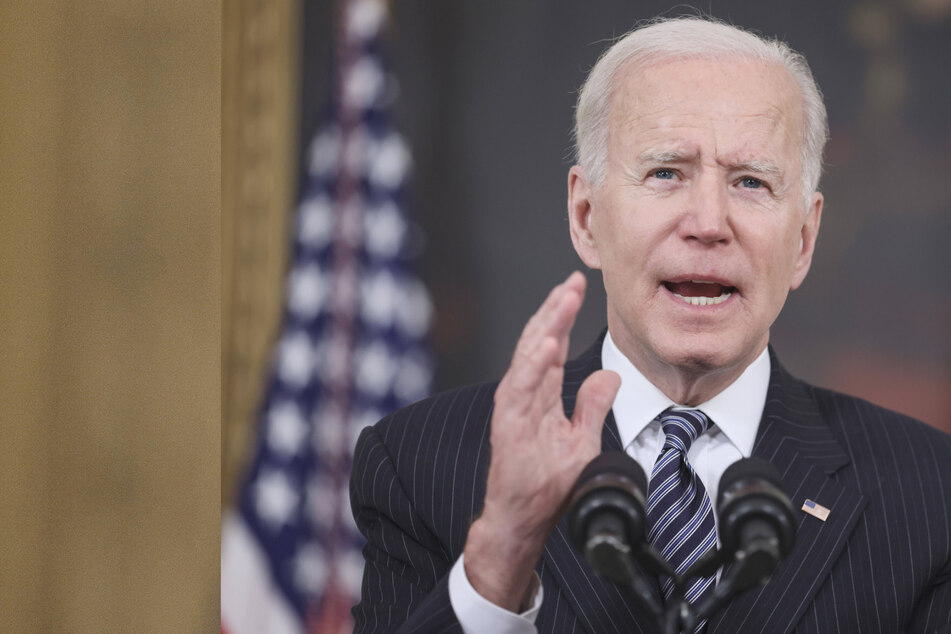 Biden directs states to open Covid-19 vaccine eligibility to all US adults by mid-April