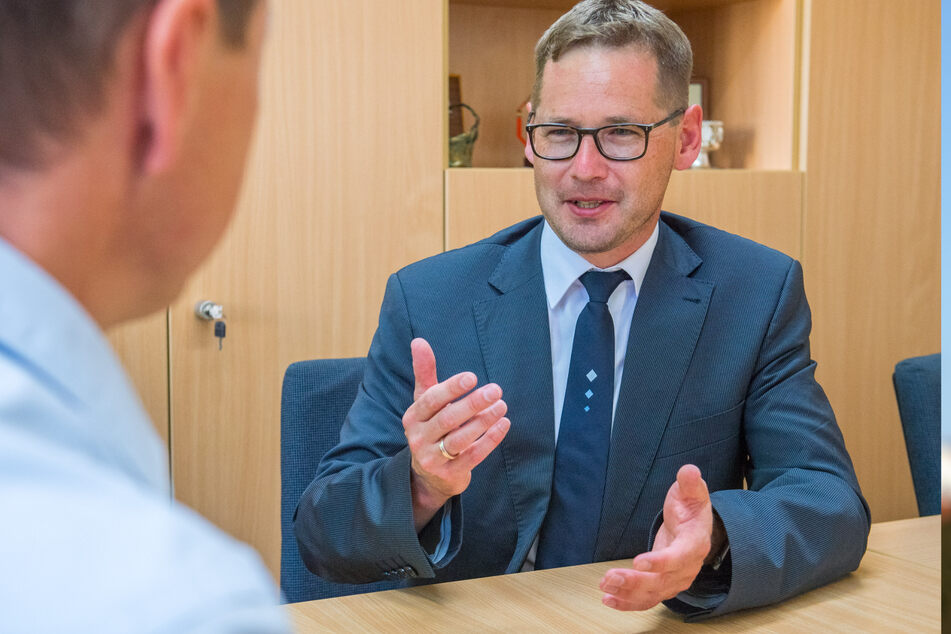 Hatte bis Donnerstag einen Inzidenzwert von 0,0: Alexander Troll (46, CDU), Stadtchef von Lößnitz.