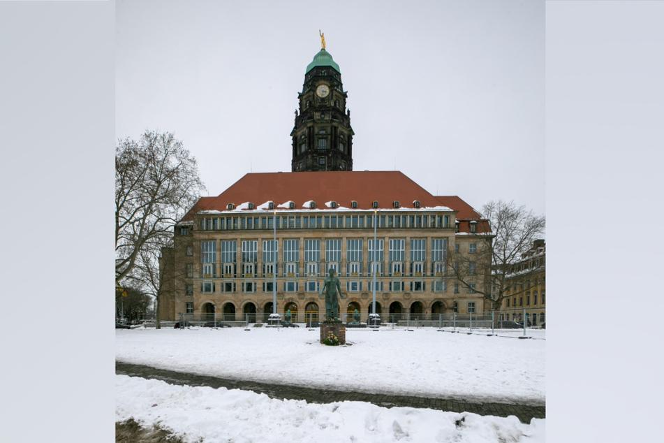 Unter Hochdruck wurde im Rathaus beraten, jetzt ist die notwendige Spar-Liste fertig.