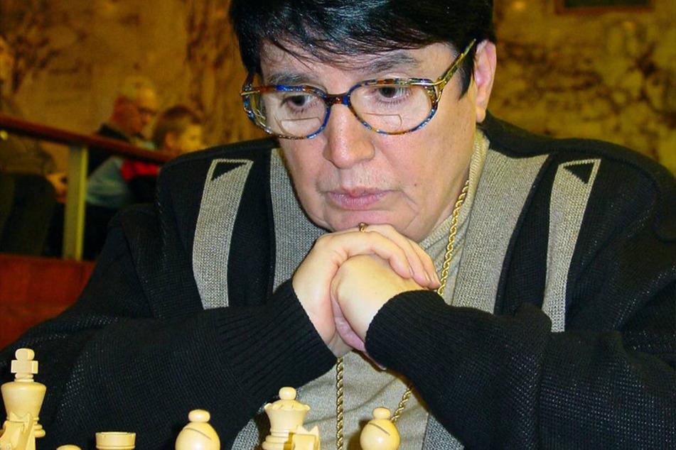 Nona Gaprindaschwili (80) spielt seit ihrem 13. Lebensjahr Schach.
