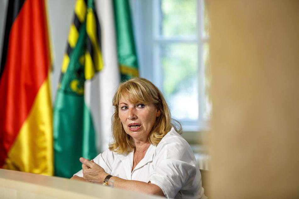 Sachsens Gesundheitsministerin Petra Köpping (63, SPD)