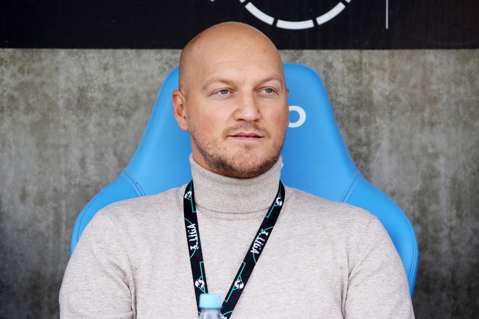 Die Trainer-Problematik hat für CFC-Sportdirektor Armin Causevic oberste Priorität.