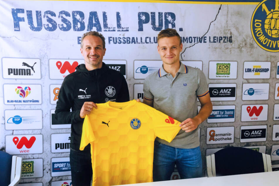 Trainer Almedin Civa (48) begrüßt seinen neuen Schützling Edvardas Lucenka (23).