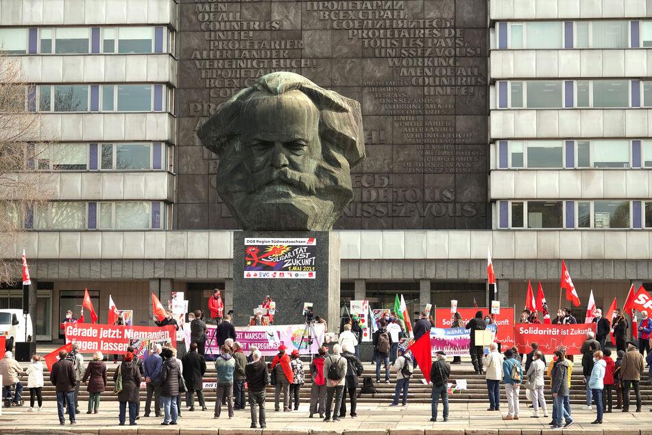 Am Marx-Monument wurde am Samstagvormittag eine Mai-Kundgebung abgehalten.