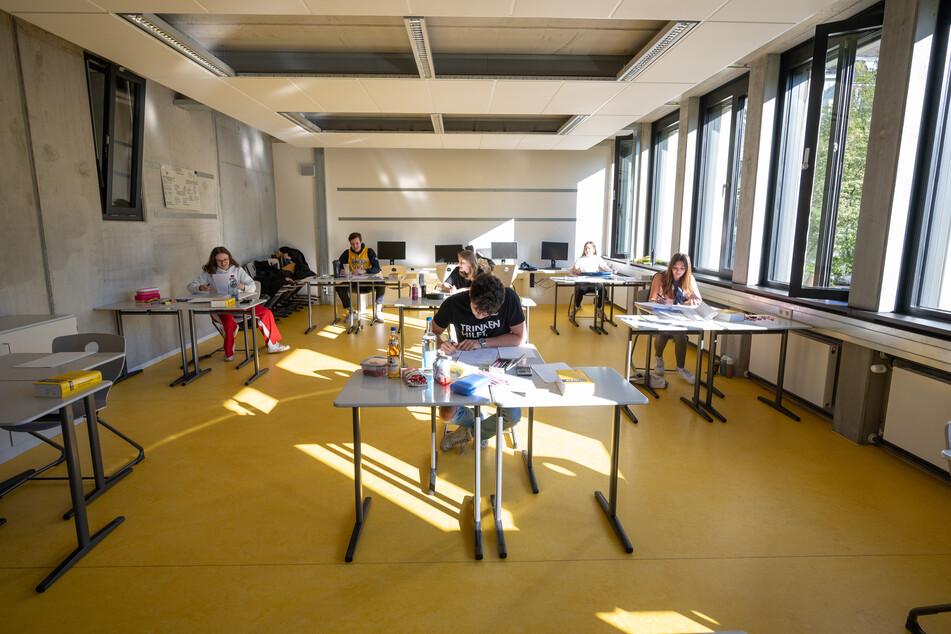 Hamburg: Schwere Panne bei Biologie-Abiturprüfung: Tausende Schüler betroffen