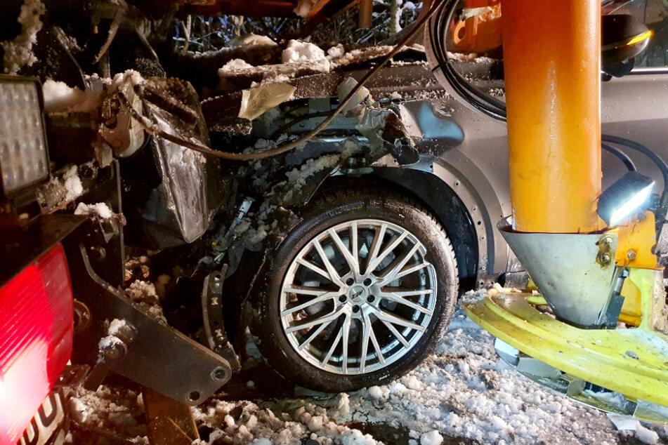 An dem Audi entstand erheblicher Sachschaden.