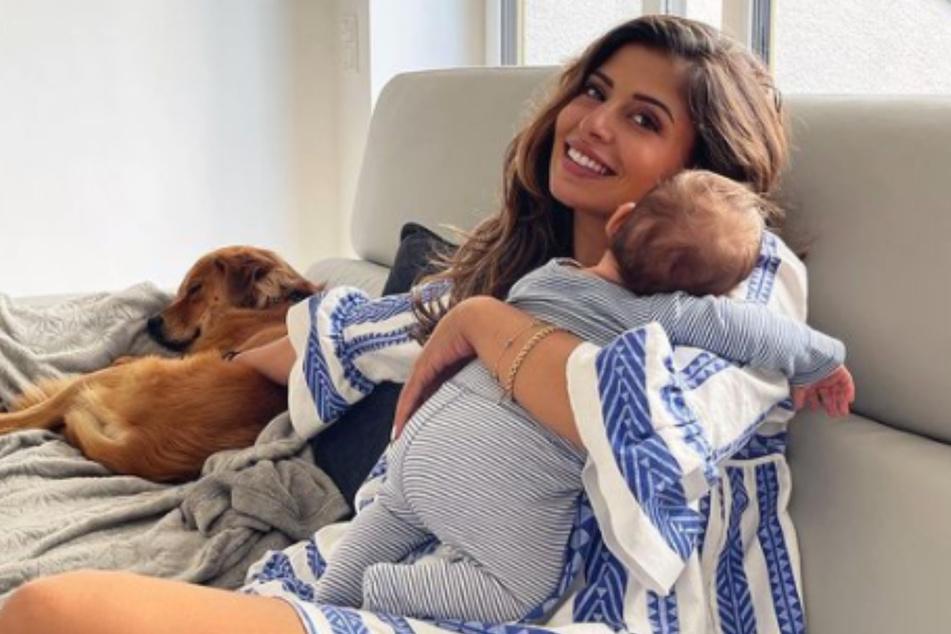 Eva Benetatou (29) hat seit der Geburt etwa 14 Kilogramm Körpergewicht verloren. Allerdings wog auch der kleine George 3,5 Kilogramm.