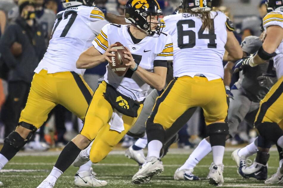 Hawkeyes quarterback Spencer Petras threw for a touchdown in Iowa's win over Iowa State on Saturday.