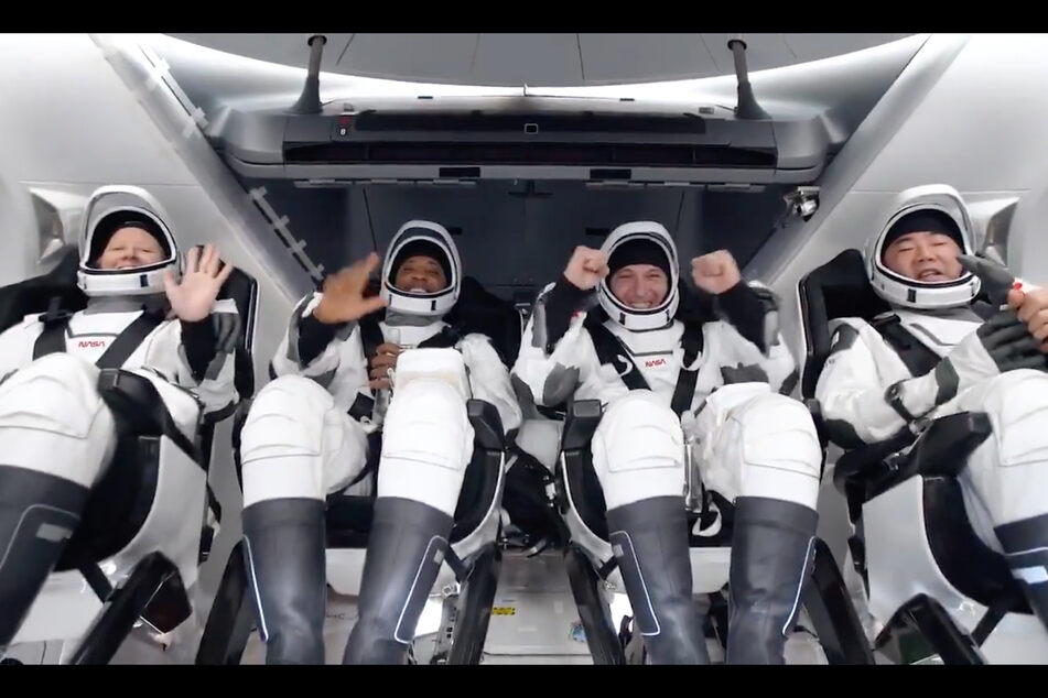 SpaceX capsule carrying four astronauts arrives safely back on Earth