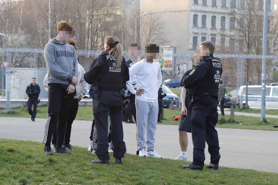 Die Stadt Chemnitz verzeichnet insgesamt 651 Verfahren wegen Verstößen gegen die Corona-Schutzverordnung (Archivbild).