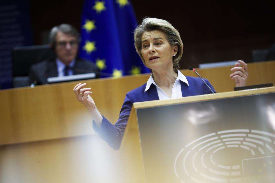 Laut EU-Kommissionspräsidentin Ursula von der Leyen wird es im zweiten Quartal 2021 deutlich mehr Impfdosen für Europa geben.