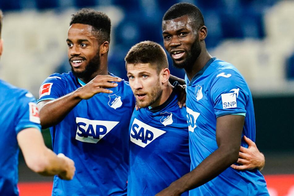 Sinsheim am vergangenen Mittwoch: Ryan Sessegnon (links) neben Torschütze Andrej Kramaric (Mitte) und Ihlas Bebou.