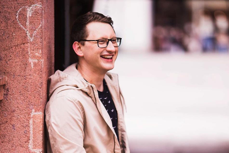 Samuel Rösch (26) erzählt in seinem Debütalbum die Geschichten seines Lebens.