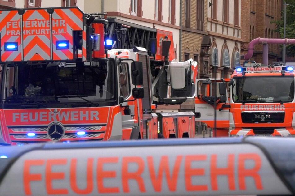 Frankfurt: Wohnhaus-Brand: Polizist greift beherzt ein und rettet mehr als zehn Menschen