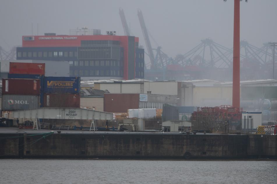 Alarm am Hamburger Hafen: Warnung vor Gefahrgut-Wolke!