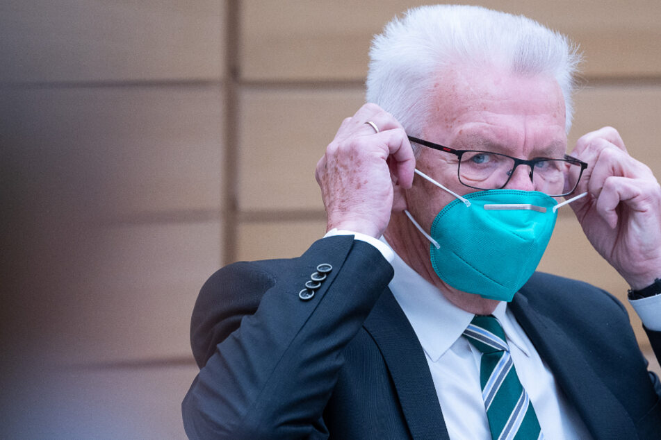 Kretschmann verteidigt Entscheidung für Silvester ohne Lockerungen