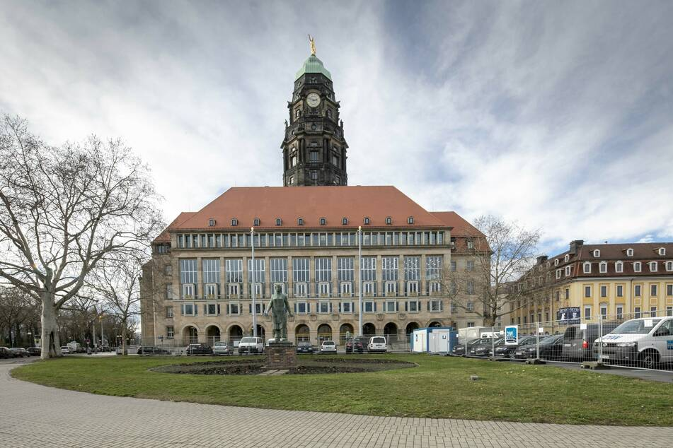 In Dresden sollen alle geplanten Ausgaben noch einmal gründlich überprüft werden.