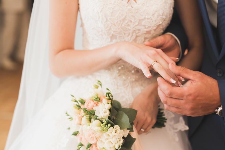 Per Klage zur Inzest-Hochzeit: Elternteil will unbedingt eigenes Kind heiraten