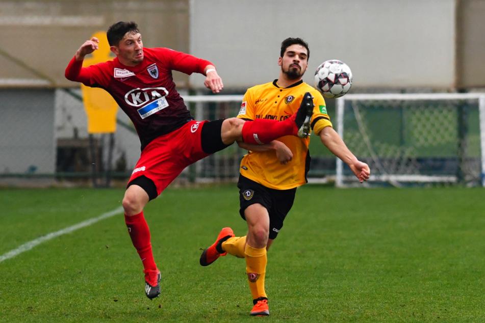 Luca Shubitidze (r.) kam für die Profis von Dynamo Dresden in Testspielen zum Einsatz. So wie hier am 15. Januar 2019 gegen den FC Aarau (0:1) im Trainingslager in Belek.