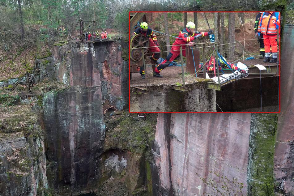 Tödliches Unglück in Steinbruch: Person stürzt 30 Meter in die Tiefe