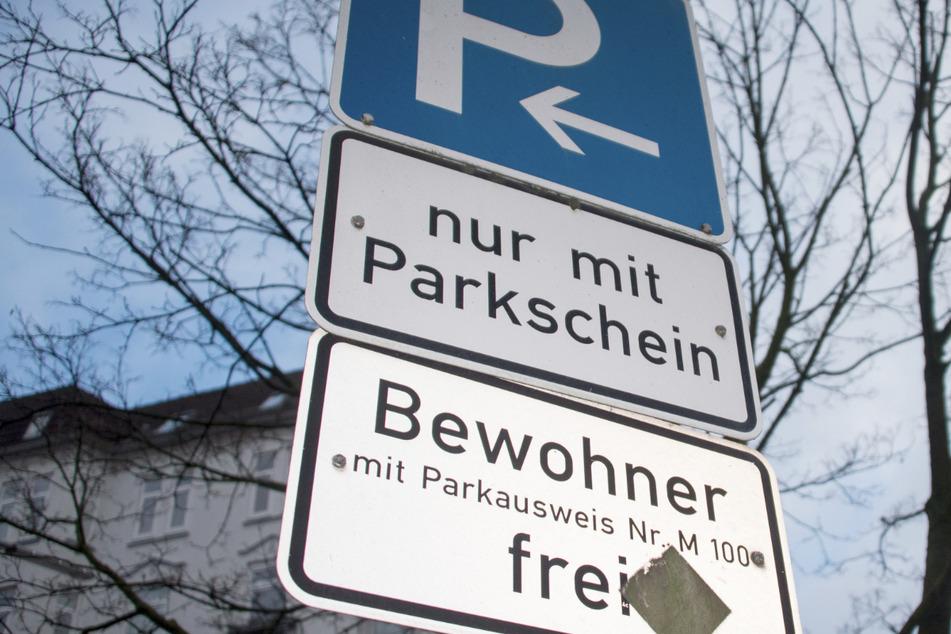 Die Gebühren sollen für SUV-Besitzer besonders hoch werden. Doch auch für Anwohner mit Elektroautos soll das Parken teurer werden. (Symbolbild)