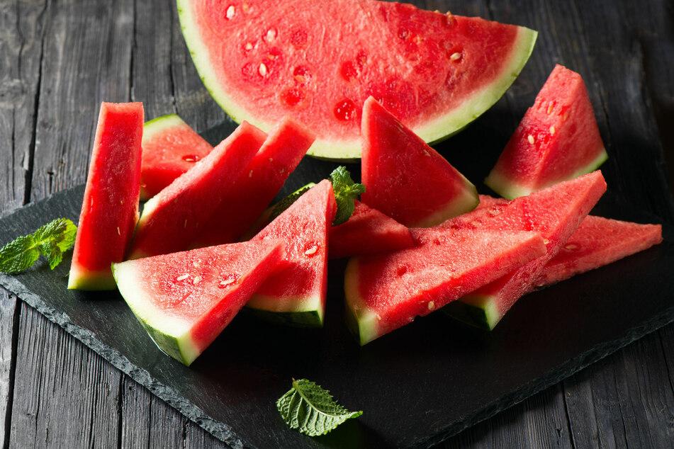 Gerade bei hohen Temperaturen ist die Wassermelone für viele eine willkommene Erfrischung.