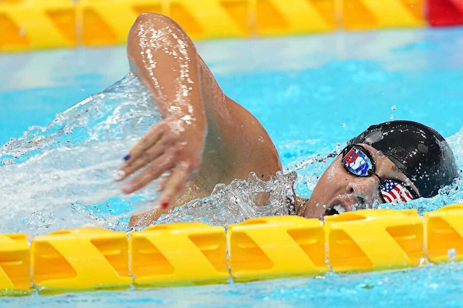 Paralympics: Two teen swimming stars grab Team USA's first gold medals