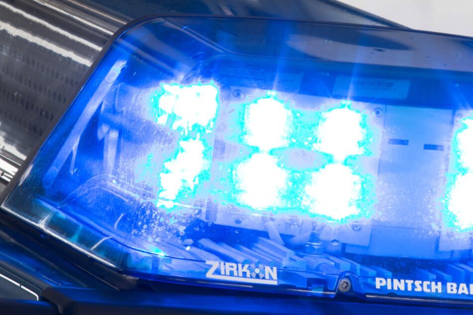 Dresdner Polizei nimmt mutmaßlichen Drogendealer hoch: Wohnung entpuppt sich als wahre Fundgrube