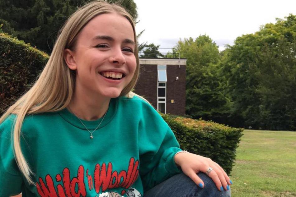 LilyRose Wallace (18).