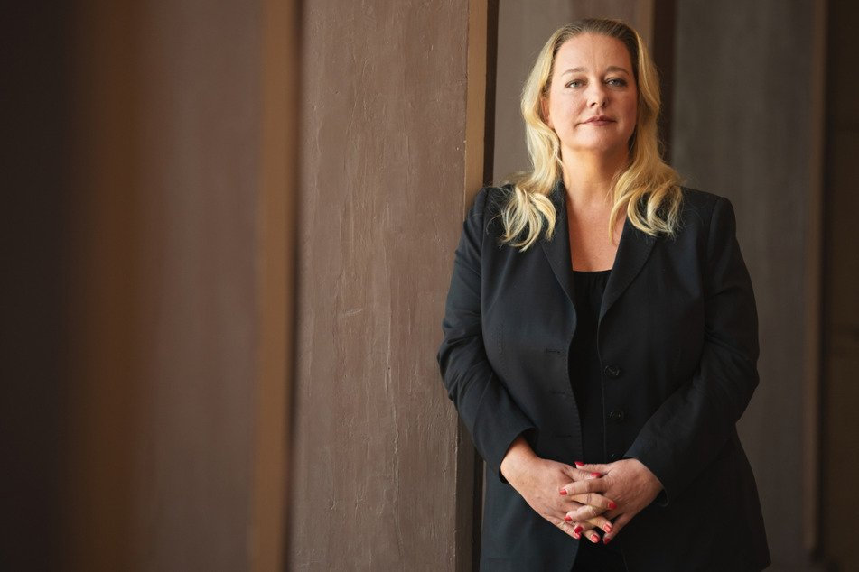 Katharina Wagner (43), künstlerische Leiterin und Geschäftsführerin der Bayreuther Festspiele, steht im Festspielhaus.