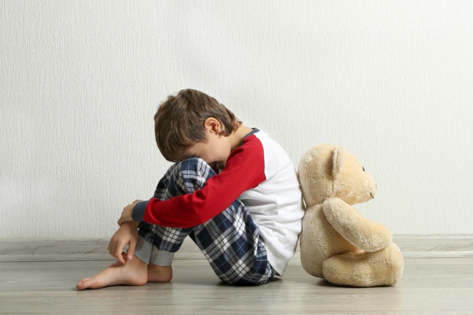 Der Beschuldigte soll sich an mindestens zehn Kindern vergangen haben. (Symbolbild)