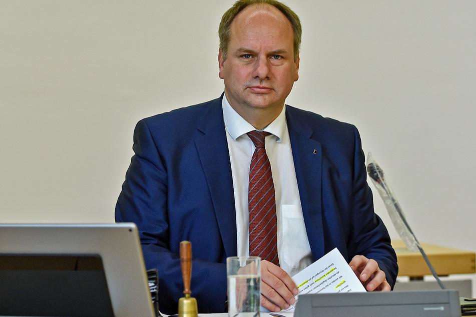Dresdens Oberbürgermeister Dirk Hilbert bittet die Dresdner, sich an die Regeln zu halten.
