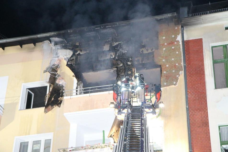 In einem Mehrfamilienhaus in Steglitz ist in der Nacht zu Freitag ein Feuer ausgebrochen.