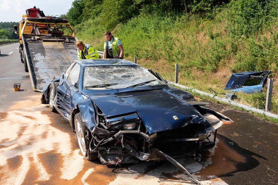 Der Ferrari erlitt bei dem Unfall einen Totalschaden.