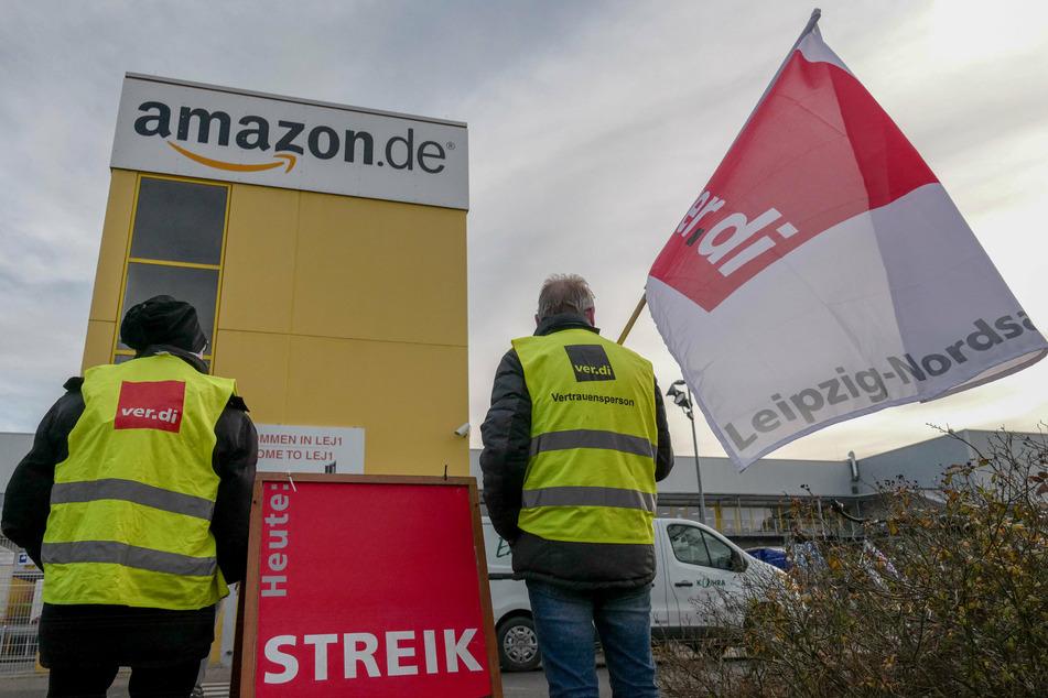 Am frühen Dienstagmorgen hat ein großer Teil der Beschäftigten von Amazon in Leipzig die Arbeit niedergelegt. (Archivbild)