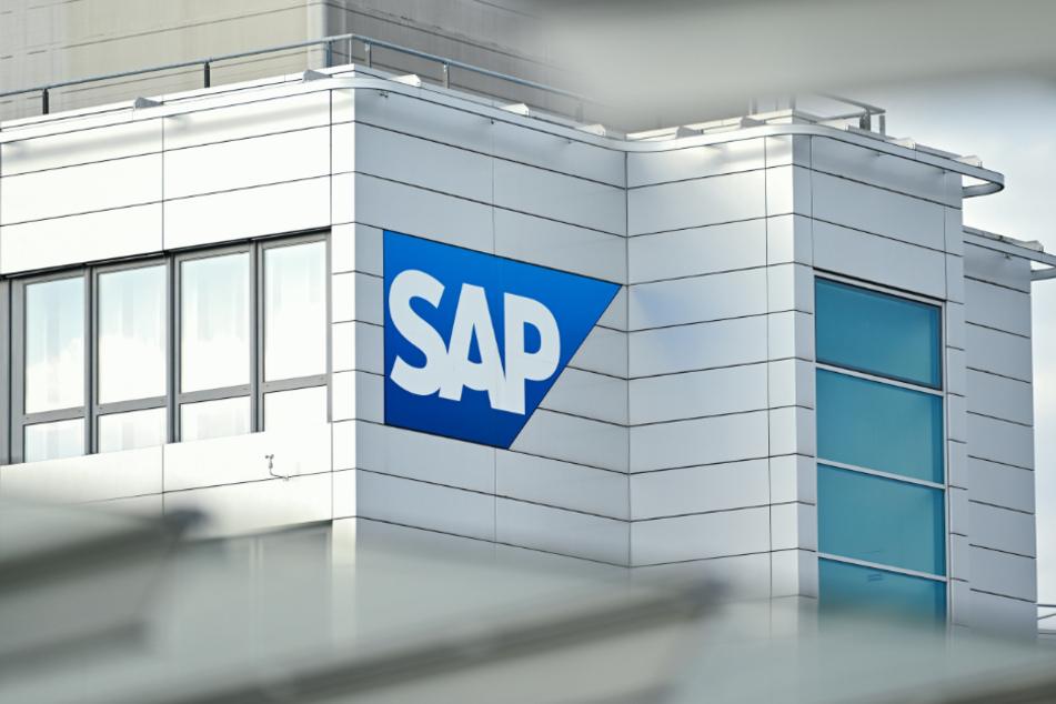 Die Aktie von SAP brach am Morgen um rund 14 Prozent ein.
