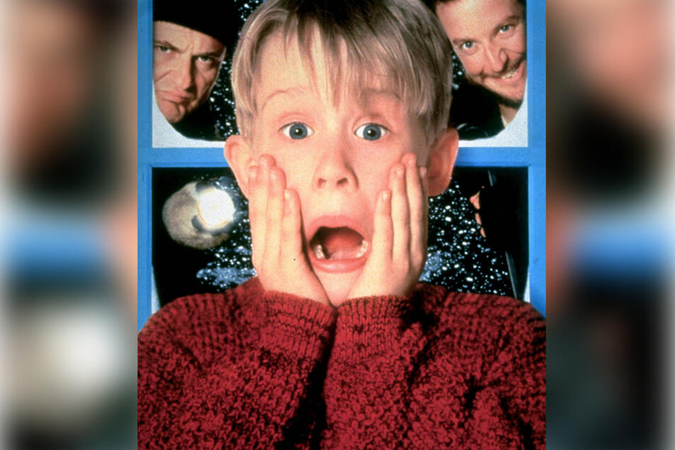 The poster for Home Alone is only one of many iconic features of the holiday classic.