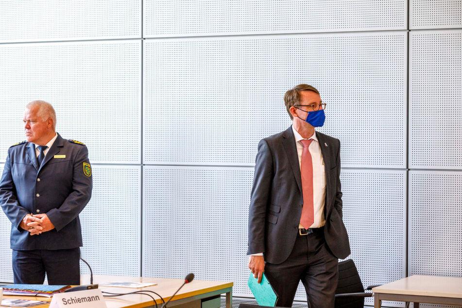 Landepolizeipräsident Horst Kretzschmar (60) soll Inneneminister Roland Wöller (49, CDU) erst nach sechs Monaten über den Skandal unterrichtet haben.