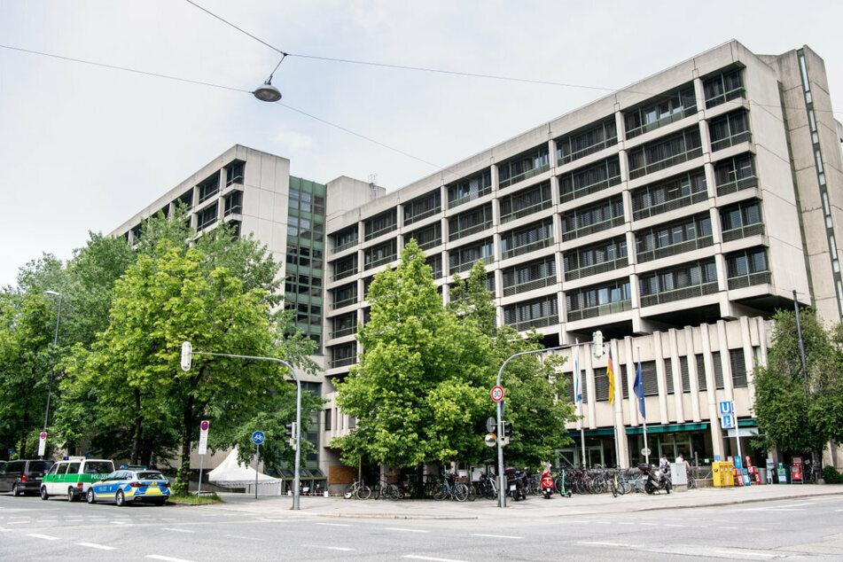 Der mutmaßliche Täter hat am Montag vor dem Landgericht München II ein Geständnis abgelegt. (Archiv)
